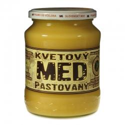Včelí med pastovaný