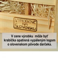 Tri  medy  v drevenej krabičke